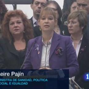 """Leire Pajín: """"Se puede salir de los malos tratos pero hay que denunciar"""", TVE"""