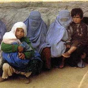 Un hombre mata a su mujer en Afganistán por no tener hijos varones
